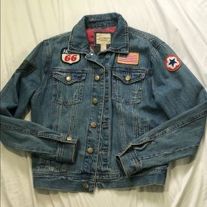 Jean jacket with patches